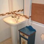 Mini Suite 1 - Ensuite Bathroom